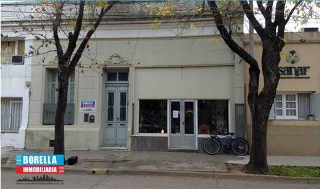 Casa en venta en Rivadavia 760